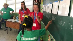 LVC Student's in Dominican Republic working with Outreach360