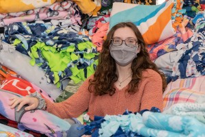 Jessica Kroboth participates in community service blanket-making project